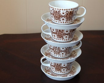 Four sets of Ali cups and saucers by Arabia Finland, in brown, coffee cup, tea cup, saucer, Finnish, Arabia of Finland, tea party