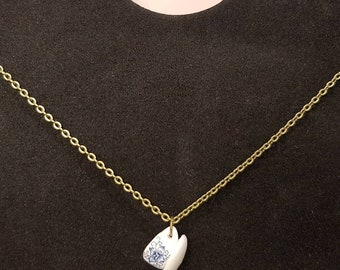 Chain with miniature coffee cup