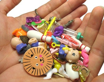 More I Spy Trinkets - 20 Color Sort Toys - Colorful Trinkets Beads Charms - I Spy Supplies - Cute Kawaii Objects for Sorting Bags Bottles #3