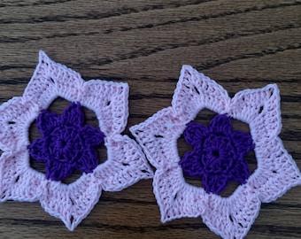 Liggt pink/purple flower  Coaster