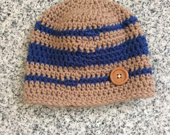 Child's Hat with button accent