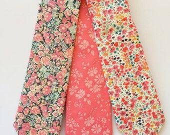 Coral Wedding Ties, Groomsmen Tie Set, Custom Liberty of London print tie, coral floral tie, grooms tie, mens tie, skinny tie, floral bowtie
