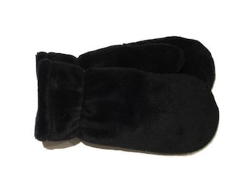 Black mittens, red mittens, grey mittens, lined mittens, warm mittens, polarmitt mittens, warm mittens, polar mitts, polarmitts
