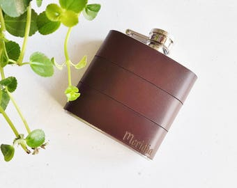 Personalized Leather Flask - Dark Brown Hip flask, Recycled Leather Strips, Hand Engraved, Best Man, cowboy leather