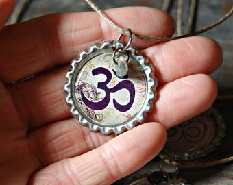 Om Necklace, Om Pendant, Om Jewellery, Yoga Jewelry, Yoga Necklace, Bottle Cap Necklace, Gemstone Necklace, Stone Necklace, Eco Jewelry