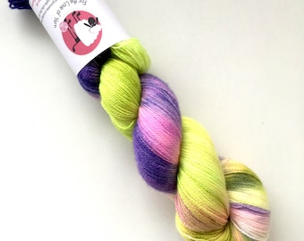 HAND DYED MERINO laceweight bamboo, 800 meters, blueberry fields colourway. 100g per skein