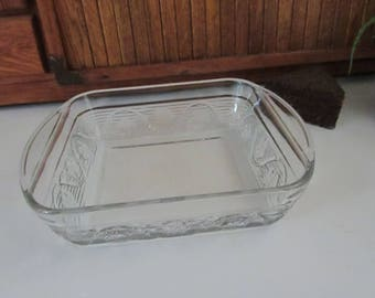 Square Floral Embossed Baking Dish – Clear Glass Embossed Flowers on Sides 8 Inch Casserole Dish – Vintage Ovenware & Kitchenalia