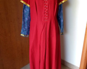 Medieval linen and silk dress-medieval dress-Historic dress-Middle Age