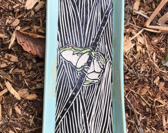 Sgraffito Frog Ceramic Tray in Black and Green