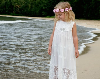 Flower girl dress, girls lace dress, rustic flower girl dress, boho flower girl dress, beach flower girl dress, girls dress, Baby lace dress