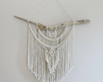 Medium Macrame Wall Hanging / Tapestry / Macrame Decor / Wall Art / Boho Decor / Bohemian