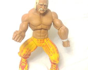 "JAKKS / Vivid Imaginations  WWE Ring Giants Hulk Hogan 14"" Pose-able  Action Figure"