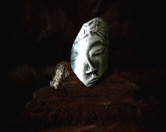 Buddha carved Face Ring Silver Pleated Wraparound
