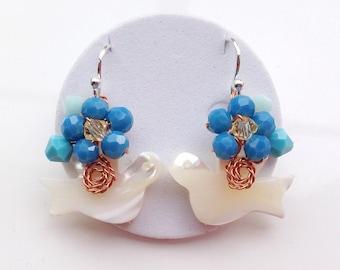 Blue Bird earrings/Dangle earrings/Bird Earrings/Bird Dangle Earrings/Blue Earrings/Summer Jewelry/Garden Jewelry/Springs Jewelry/Colourful