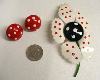Enamel Pin Earrings Mothers Day Gift Flower Brooch Polka Dot Clip On Button Earrings 50s Rockabilly Jewelry Pinup Girl Jewelry Retro Jewelry