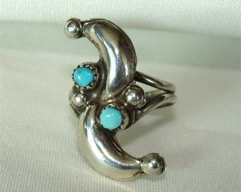 Handmade ZUNI Signed VINTAGE Ring with TURQUOISE