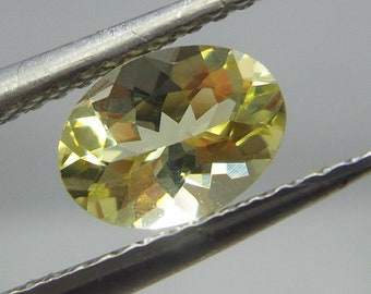 0.7 Carat 7x5.2 MM Natural Light Yellow Heliodor Aquamarine Faceted Oval Shape,
