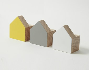 Wooden wall hooks houses – set of 3 wall hooks for kids room in yellow, grey and white