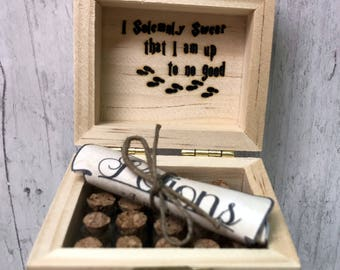 19 Mini Harry Potter Potions, Small Potion Box Gift Set, with Laser Engraved 'Moony Wormtail Padfoot Prongs' Label and Marauders Map Quote