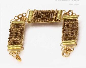 bracelet // wire & seed beads //