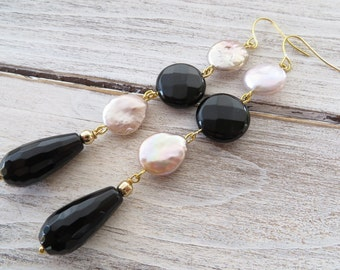 Long pearl earrings, black onyx earrings, pink keshi pearl earrings, drop earrings, dangle earrings, gemstone jewelry, italian jewelry