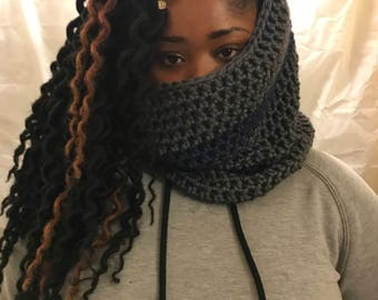 Gray and Blue Cowl