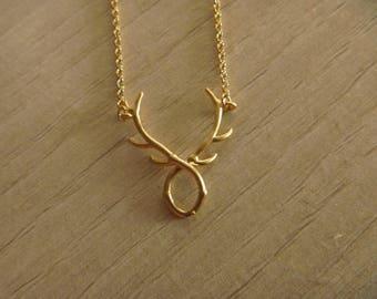 Color-Golden deer necklace