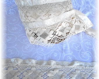 11 Yards of 5 Inch Wide Brocade Satin and Scalloped Crochet Floral Print Vintage Ivory Trim