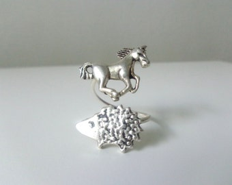 silver horse hedgehog ring wrap style, adjustable ring, animal ring, silver ring, statement ring