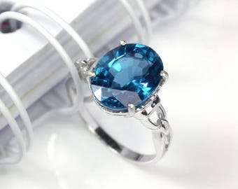 5.5 Natural london blue topaz ring sterling silver wedding ring.