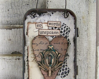 Hanging Ornament Altered Tin Ornament Vintage Style Rusted Tin  Vintage Heart Escutcheon Love Vintage Home Decor Vintage keyhole