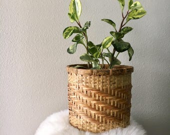 Vintage Fabric Lined Wicker Basket / Woven Patterned Bamboo Houseplant Planter