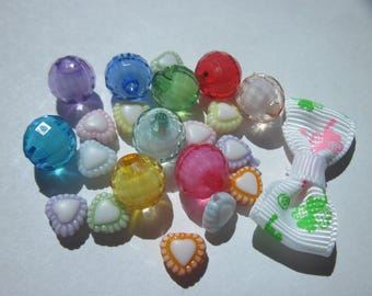 22 multicolored acrylic beads and fabric bow (L37)