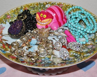 Magical Alice in Wonderland & Cheshire Cat Fantasy Ring Dish Jewelry Catch All