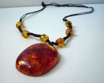 Amberlook necklace