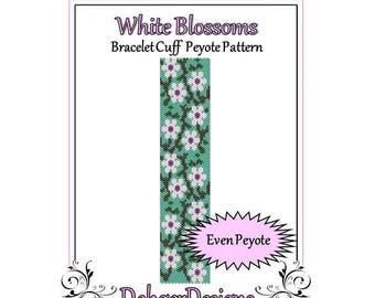 Bead Pattern Peyote(Bracelet Cuff)-White Blossoms