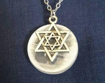 Crystal Selenite Necklace Sacred Geometry Jewelry / Spiritual Selenite Moon Merkaba Necklace / White Merkaba Star Necklace Healing Crystal