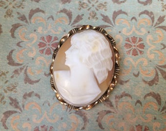 Lovely Vintage Carved Shell Cameo with Signature on the Back