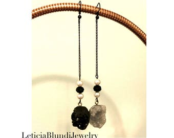 Black and Gray Raw Crystal Earring