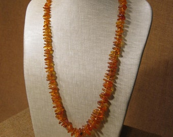 Beautiful Early Vintage Amber Necklace.