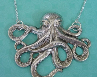 Grande Octopus In Antique Silver Pendant Necklace