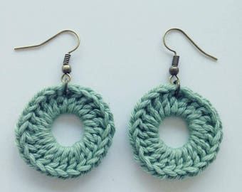"Boucles d'oreilles Rondes ""Aventurine"", Handmade Earrings, Crochet Fibres Coton, Fait Main, Miss Fanfreluche"