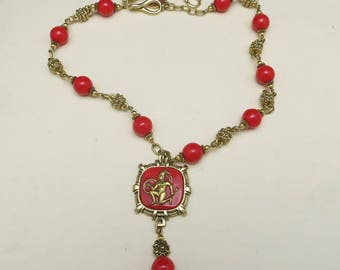 Red glass necklace Romantic Vintage style