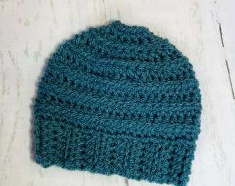 Messy Bun Hat.Ready to Ship//TEAL GREEN Messy Bun Beanie//Pom Pom//Crochet Hat//Runner Hat