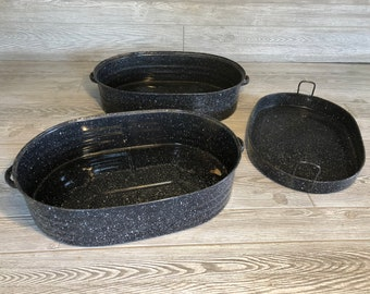 c.1911 REED Blue Enamelware Roasting Pan. 3 Pieces, blue speck granite finish. Lift out vegetable roasting pan included.