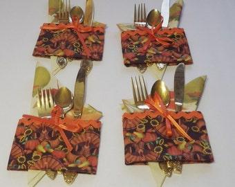 Thanksgiving Holiday Utensil Holder, Thanksgiving Napkin Holder, Thanksgiving Flatware Holder with Ric Rac Trim