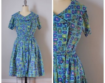 50s Dress / 50s Vintage Dress / Vintage Dress / Shirtwaist Dress / Novelty Print / 50s Cotton Dress / Blue / Fit And Flare  / XS / Small