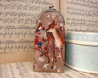 Cute vintage eyeglass case with little bambi, kiss lock case
