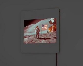 DADA Light Diapo - Photographie de NASA : Astronaute d'Apollo 17 (1972)