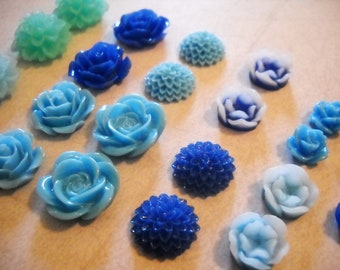 Flower Cabochons Resin Flowers Resin Cabochons Flower Flatbacks Flat Back Flower Blue Flower Flatback Assorted Cabochons Mum Flatbacks 20pc